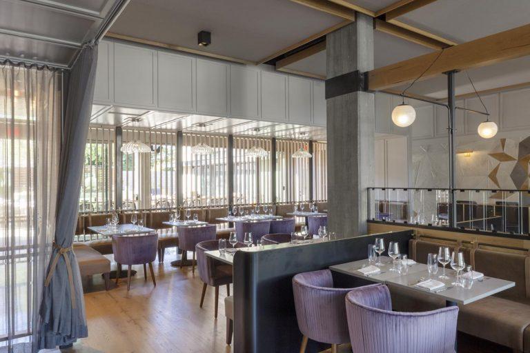 oak+violet dinning room