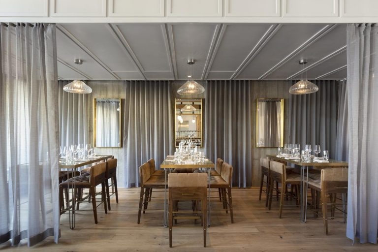 oak+violet fancy dining